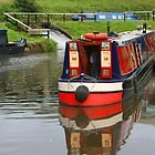 Narrowboats by RedHillDigital