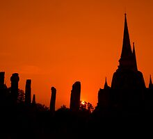 Sunset in Ayutthaya - Thailand by Joakim Leroy