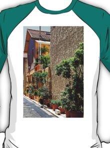 Are we in Provence Yet? Yes We Are! T-Shirt