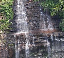 Fall Creek Waterfall Zoom by budrfli