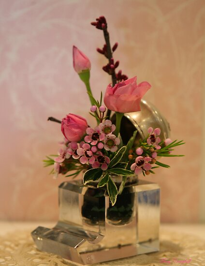 Petite Roses in the Inkwell © by Mary Campbell