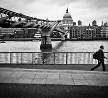 Millennium Bridge 03 by ArnaldoTarsetti