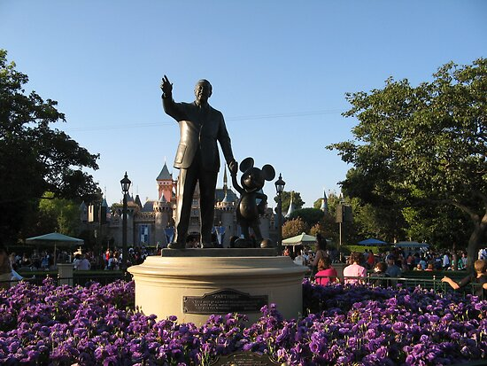 Walt Disney & Mickey Statue by cfam