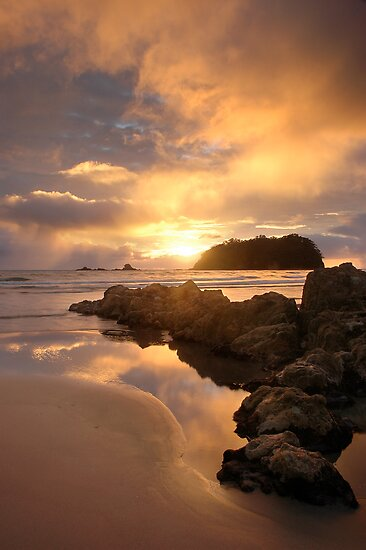 Mount Maunganui Sunrise Tall, day break 5 by Ken Wright
