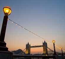 Sunrise Tower Bridge by DavidFrench