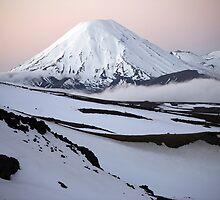 Mt Ngauruhoe sunset by taterbug