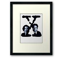 X-FILES - Scully & Mulder Framed Print
