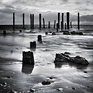 Port Willunga (Black and White) by SD Smart