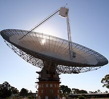 Parkes Radio Telescope by Grahame