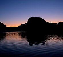 Lake Powell Dawn by Stephanie  Newbold