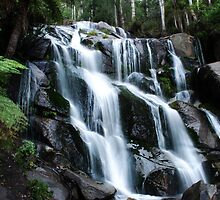 Torongo Falls by KeepsakesPhotography Michael Rowley