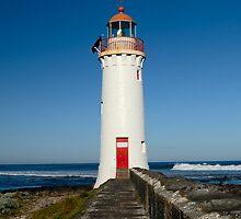 Lighthouse by Alexander Gitlits