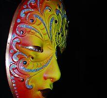 Glowing Mask by LudaNayvelt