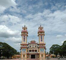 Cao Dai temple, Tây Ninh near Ho Chi Minh City, Vietnam by Trevor Needham