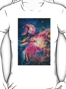 The awesome beauty of the Orion Nebula  T-Shirt
