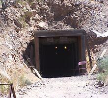 Gold Road Mine by glennmp