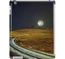 Somewhere, somebody out there is thinking of you iPad Case/Skin