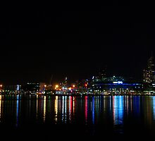 Reflections of the Docklands by rflower