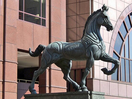 PLAZA HORSE SCUPTURE by mlynnd