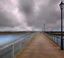 Amble Pier - Northumbria by eddiej