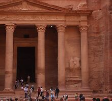 Crowds at Petra by Spnchica