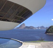 Museu de Arte Contemporânea in Niterói and Pão de Açucar in Rio de Janeiro by Frans Harren