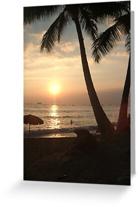 Sunset in Waikiki by Jen Hendricks