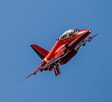 Red Arrows Hawk by Lee Wilson