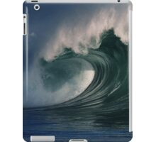iPad Case.  Winter Waves At Waimea Bay 2. iPad Case/Skin