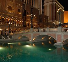 Bridge to Venice hotel in Las Vegas by loiteke