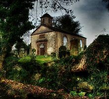 Kilmaronock Church by Linda  Morrison