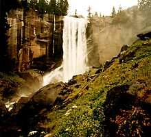 Vernal Falls by steveberlin