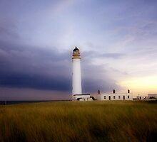 Barns Ness Lighthouse by bluefinart