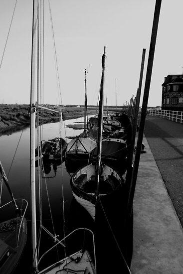 Blakeney Harbour in B&W by TheGolfer