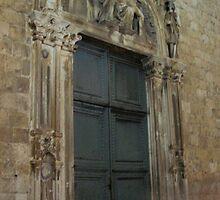 Door in Dubrovnik, Croatia by tash01