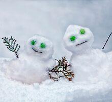 snowmen by Joana Kruse
