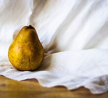 A classical pear by Mortimer123