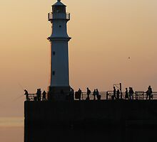 Newhaven Lighthouse by Dido