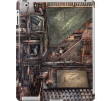 Steampunk - Machine - All the bells and whistles  iPad Case/Skin