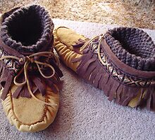 Warm and Comfy Moccassins by MaeBelle
