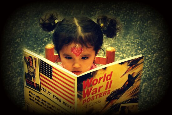 Sarah & the World War II by Ghelly