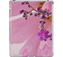 Statice Macro With Cosmo Background iPad Case/Skin