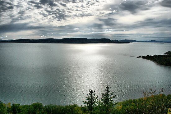 North Shore Lake Superior by Vickie Emms