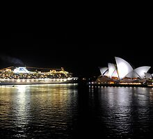 Diamond Princess Vs Opera House by Bill Fonseca