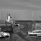La Flotte Port - Ilê de Rè by Pamela Jayne Smith