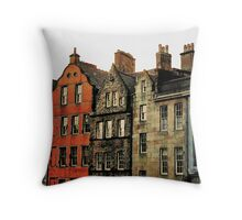 Edinburgh skyline Throw Pillow