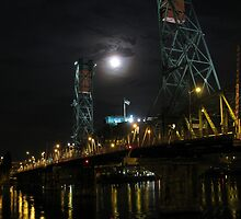 Hawthorne bridge with full moon. by Andrew Ferguson