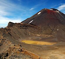 Mt Ngauruhoe by Andy  Christopherson