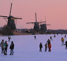 Winter pleasure at Kinderdijk by jchanders