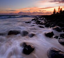 Mermaid Rush at Burleigh by Ken Wright